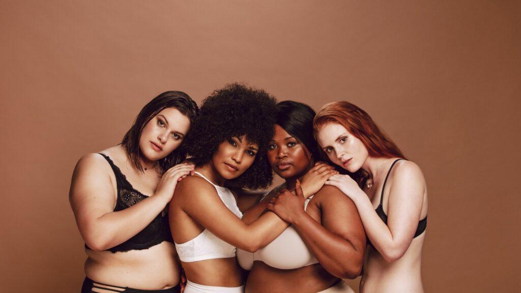 Cada cuerpo es diferente, y es normal tener ligeras diferencias entre nuestros senos. Por qué tengo un pecho más grande que otro