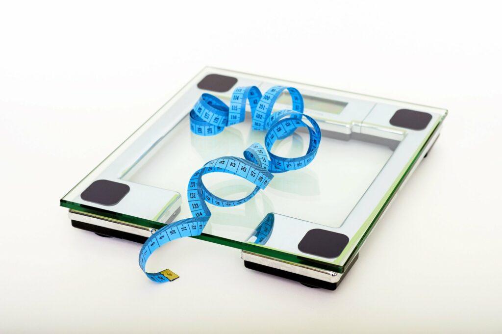 Los cambios rápidos de peso pueden hacer que surjan estrías en los senos.